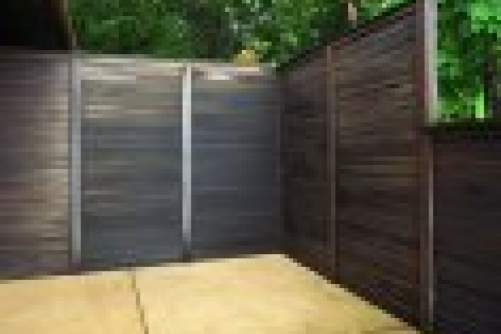 AliGlass Solutions Back yard fencing 720 480