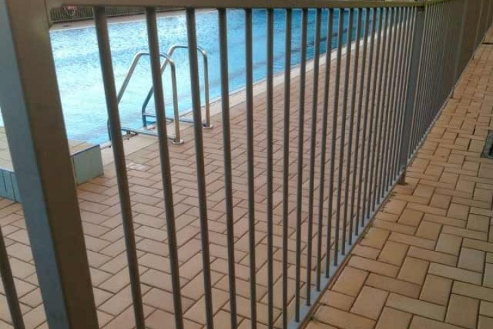 AliGlass Solutions Pool fencing 720 480